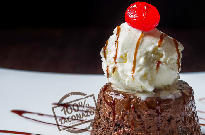 Brownie de Chocolate con helado $4,99